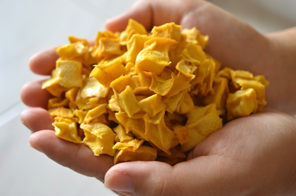 Natural dried mango in VietNam